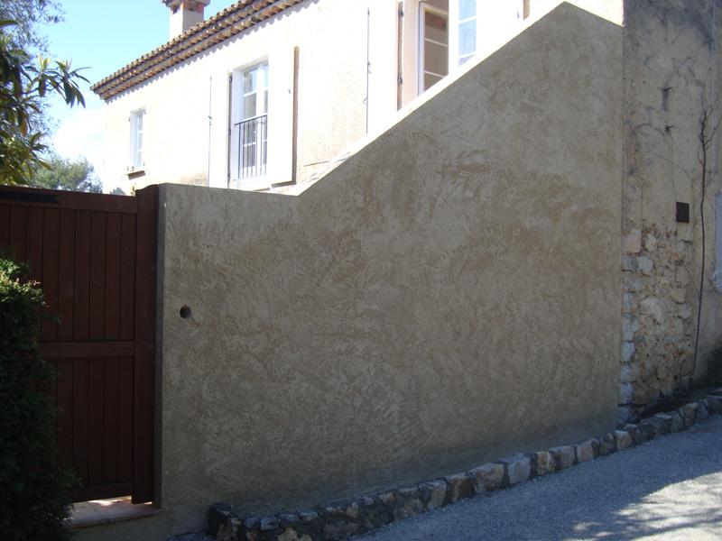 finitions-escalier-launay-construction-macon-alpes-maritimes-06-var-83