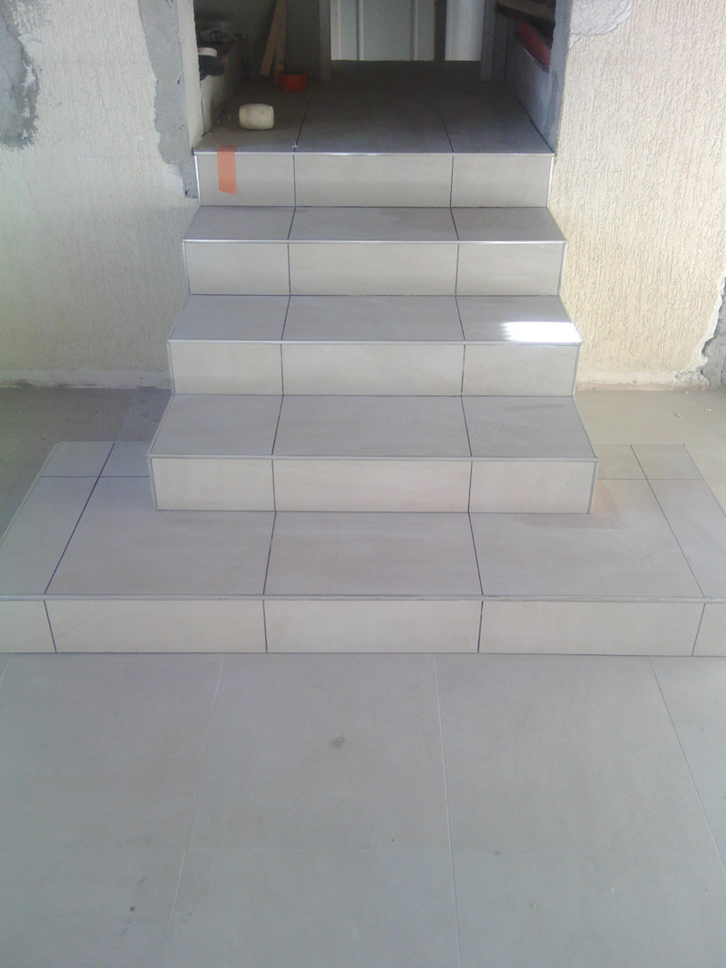 carrelage-escalier-macon-alpes-maritimes-var-launay-construction61
