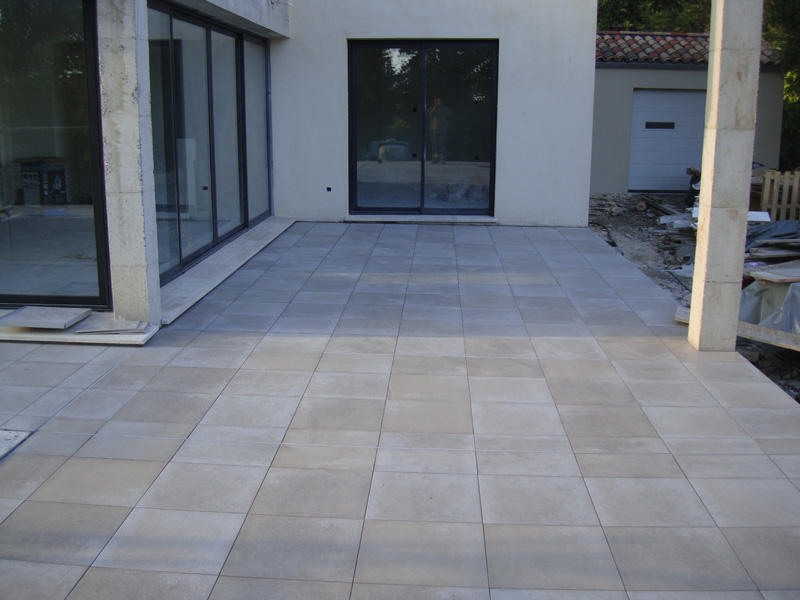 Carrelage var for Carreler terrasse beton