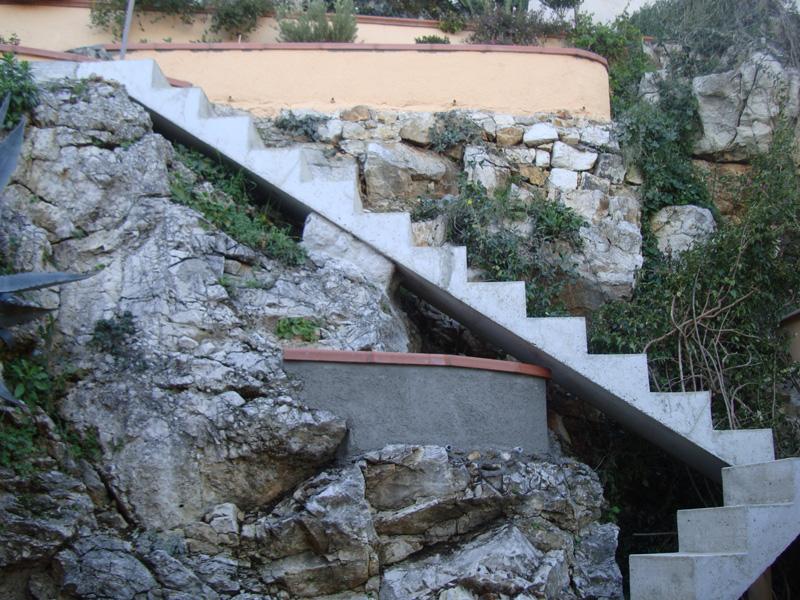 escalier-beton-macon-alpes-maritimes-06-var-83-launay-construction