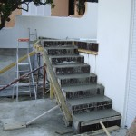 escalier-beton-porte-a-faux-macon-alpes-maritimes-06-var-83-launay-construction