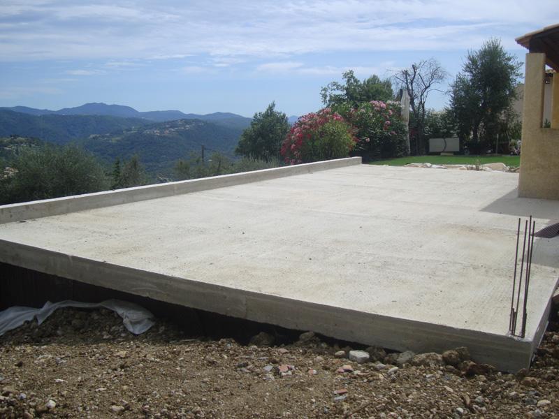 gros-oeuvre-construction-plancher-coule-macon-alpes-maritimes-06-var-83-launay-construction-saint-vallier-de-thiey