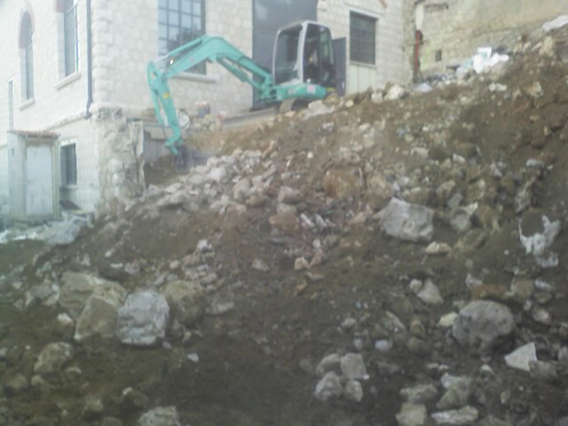 gros-oeuvre-terrassement-demolition-macon-alpes-maritimes-06-var-83-launay-construction-saint-vallier-de-thiey