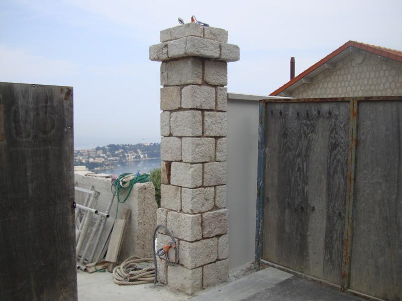 pilier-pierre-de-taille-macon-alpes-maritimes-06-var-83-launay-construction-saint-vallier-de-thiey