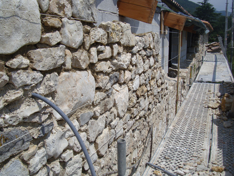creation-mur-pierre-macon-alpes-maritimes-06-var-83-launay-construction-saint-vallier-de-thiey