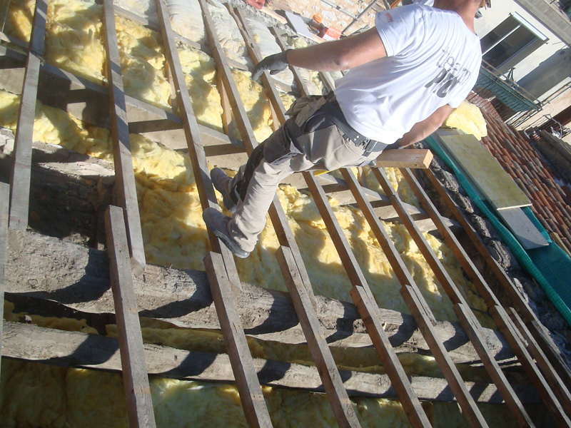 charpente-toiture-macon-alpes-maritimes-06-var-83-launay-construction